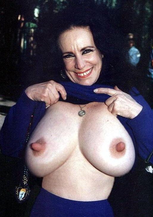 Tumblr nackte Brustwarzen